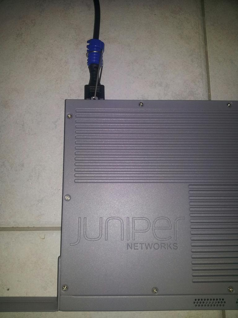Juniper EX2200-C power cord retainer